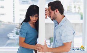 الفرق بين اكتئاب الرجل واكتئاب المرأة