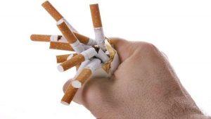 10 إجراءات يومية لتسكين الآلام-الإقلاع عن التدخين
