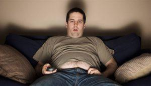 النوم الكافي من طرق التخلص من دهون البطن-كل ساعة نوم أقل يزيد من الوزن