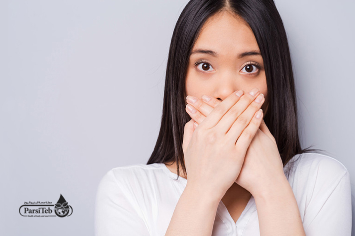 رائحة الفم الكريهة من أعراض السكري